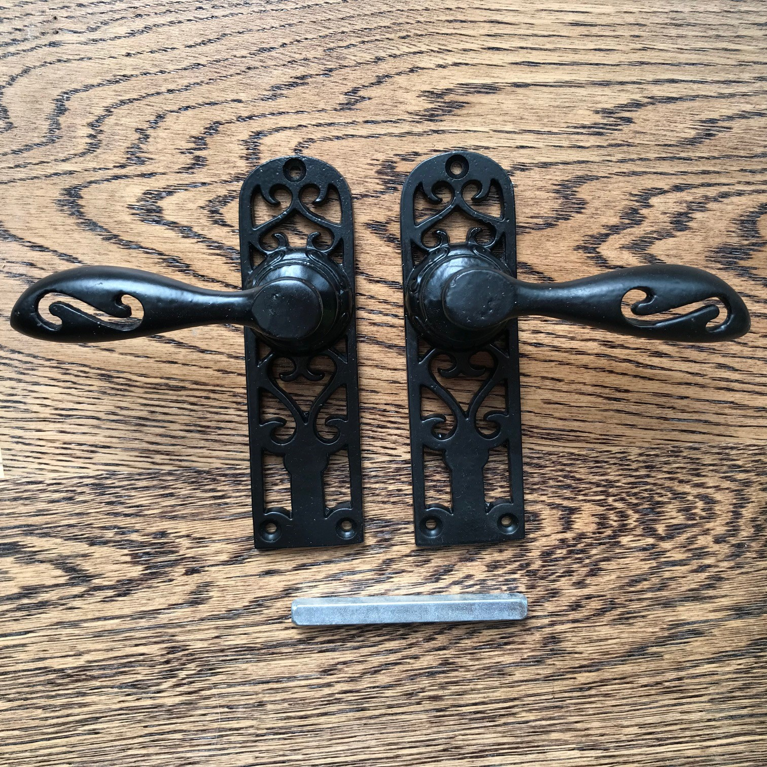 Black Cast Iron Decorative Cottage Style Lever Door Handle (Pair)