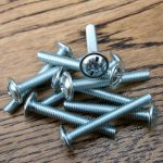 Furniture Knob Screws 32mm x 10