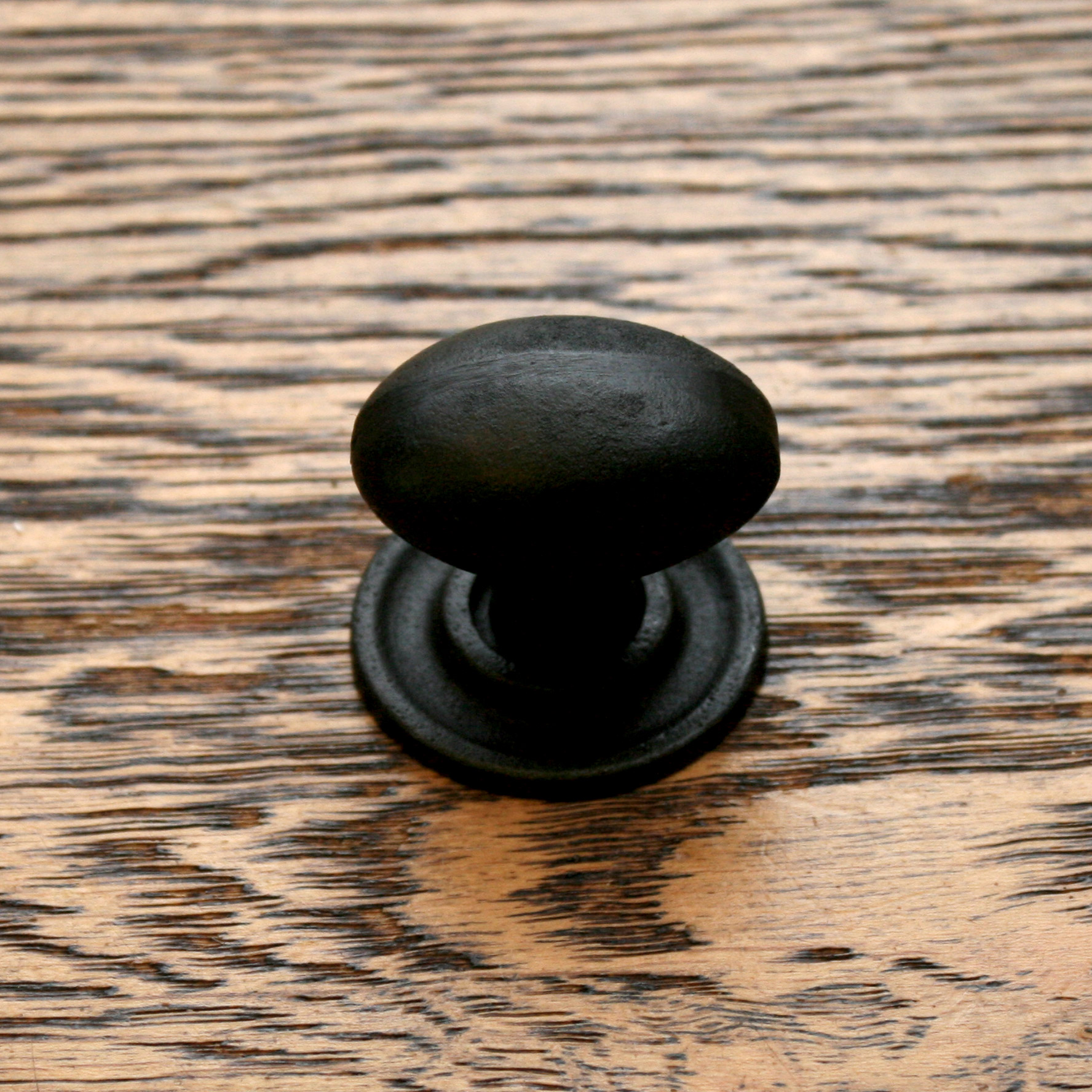 Oval Knob and Base Plate