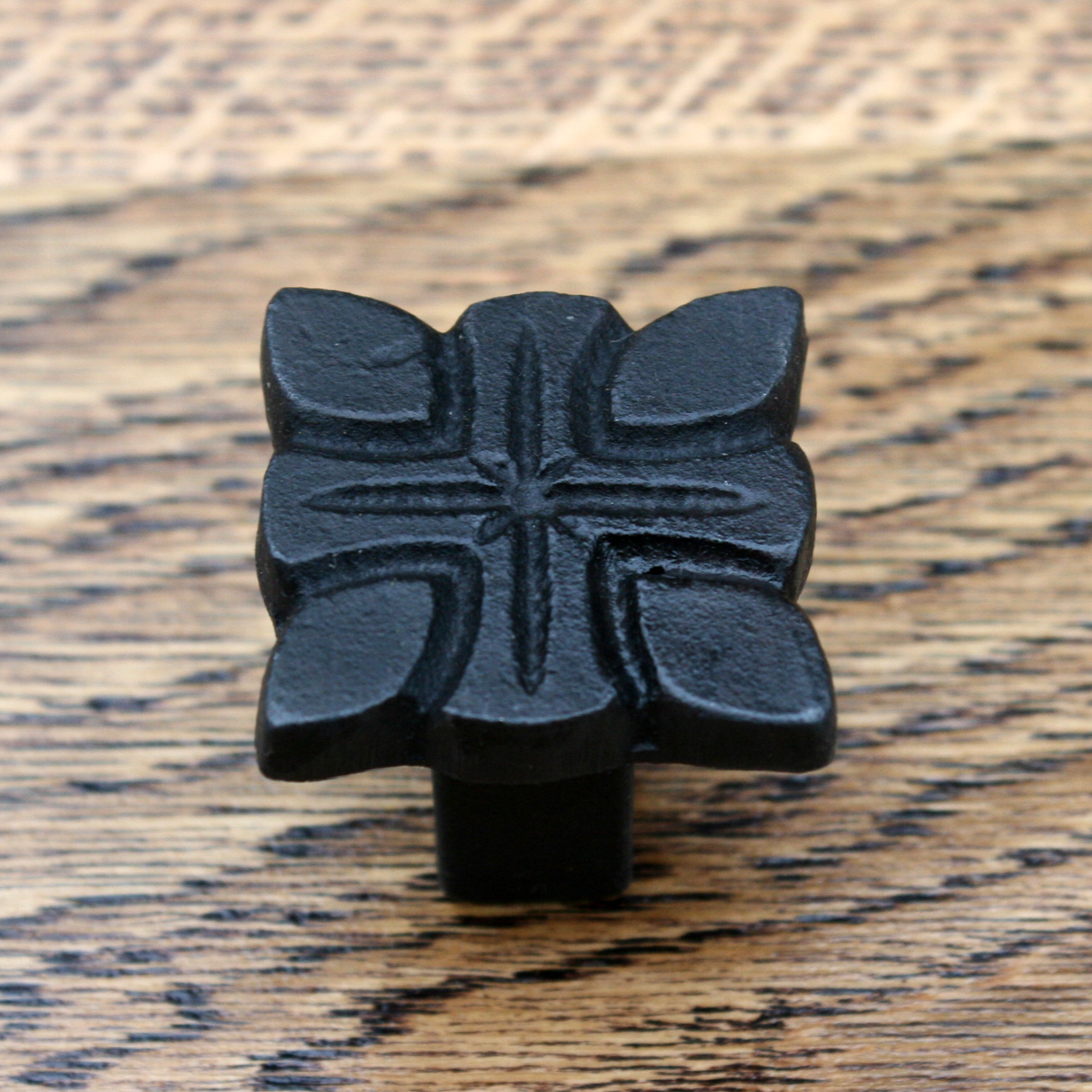 Knights Templar Style Cross Cast Iron Cabinet Knob 28mm